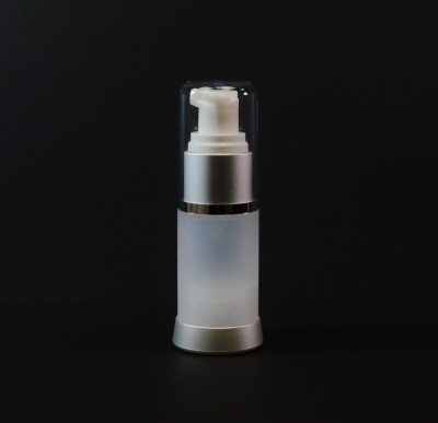 15 ml Airless Frosted Bottle Matte Silver Collar with Clear Hood